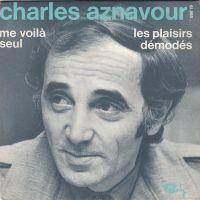Cover Charles Aznavour - Les plaisirs démodés