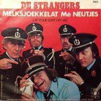 Cover De Strangers - Bij de rijkswacht