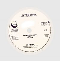 Cover Elton John - In Neon